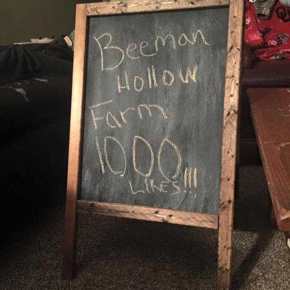 Beeman Hollow Farm sign